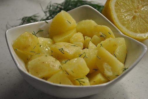 tradional potato salad